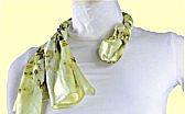 工作服丝巾系法三:清香茉莉结系法